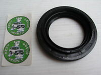 LAND ROVER DISCOVERY 1 & 2  DIFF PINION OIL SEAL DOUBLE LIP - FTC5258
