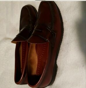 GH Bass Weejuns Logan Flat Strap Penny Loafers in Wine/Burgundy - Men's 10.5 D
