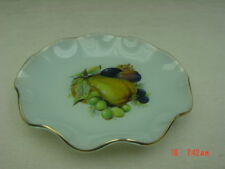 Vintage Wavy Glass Fruit Dish Pear Grapes Fancy Table serving tray