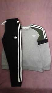 Boys Adidas Originals Jumper AND Joggers, Age 13-14 Years