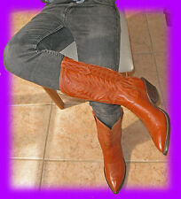 REAL LOW PRICE FOR EXQUISITE PAUL BOND COWBOY BOOTS! A FINE DEAL! size 7.5 to 8