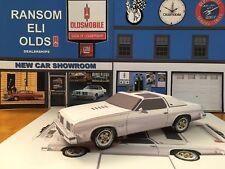 Papercraft 1975 Oldsmobile Cutlass Hurst Oldsmobile white Paper Car 1pc U-make