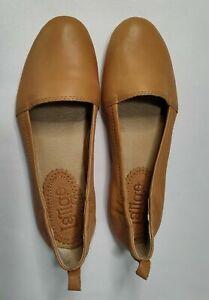 "Latigo Women's ""Bettie"" Slip-On Flats Toffee Size 7.5M"
