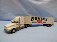 Road Champs Articulated Truck Lorry BEKINS Moving Company Kenworth Sleeper Cab