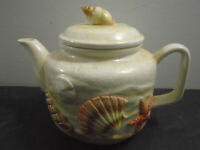 VINTAGE OTAGIRI CERAMIC SEASHELL TEA POT 6.25""