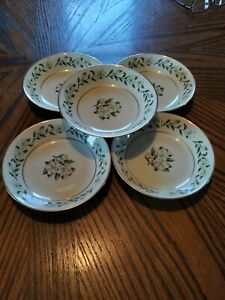 5 Gold Rimmed Tru-Tone Princess China BRIDAL WREATH Fruit Bowls 5-3/8 in.