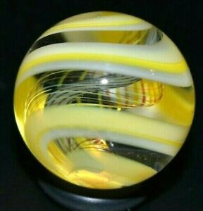 "STEVEN MASLACH GLASS MARBLE/.883""-YELLOW LATTICINIO/ZEBRA TORNADO TRIPLE-AMBER+"