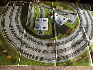 HORNBY TRAIN SET TRACK MAT