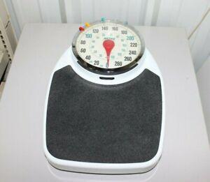 Metro 330 lb. Capacity Analog Bathroom Scale - Tested