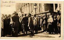 CPA carte photo TOURS - Les Soldats (211131)