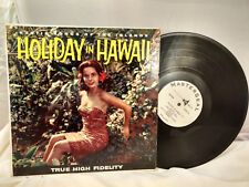 Makamia and His Moana Islanders LP Holiday in Hawaii Masterseal Cheesecake Cover