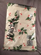 Vintage Christmas Tablecloth Holiday Round 1980s Flannelback NOS Holly
