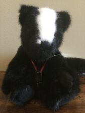 Boyds Bears and Friends Oda Parfume Skunk 10� Plush - Euc
