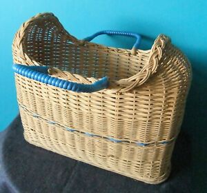 FAB Vintage Woven Wicker Picnic Basket / Hamper / Wine Bottle Holder  / Carrier