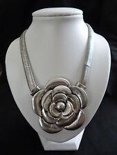 Bling / Goth Tono Plata Sola Rosa Collar