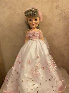 VINTAGE 1950's Royal Doll Granny