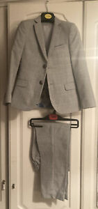 Boys M&S Suit Including Waist Coat & White Shirt- Pristine Condition-jacket 7-8