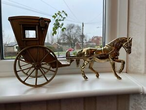 """Vintage Large Heavy Brass Horse and Cart.  6kg + 19"""" X 9 1/2"""" Inch"""