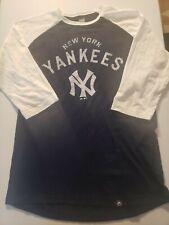 New York Yankees raglen Sleeve Shirt