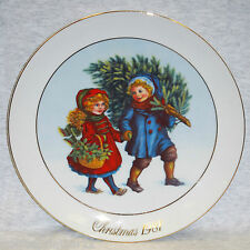 """Sharing The Christmas Spirit"" 1981 Avon Christmas Memories Plate Series 1st Ed."