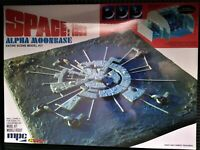 Space 1999 Moonbase Alpha MPC Plastic Model Kit New Sealed in Box Sci Fi TV