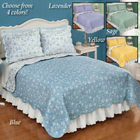 Nature Inspired Reversible Floral King Size Bedroom Quilt with Scalloped Edges