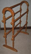 """Vtg Wood Free Standing Curved Top Quilt Display Rack 28 1/2"""" Wide x 31"""" High"""