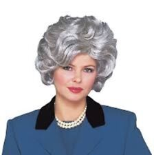 Wig Ladies Short Wavy Gray Synthetic Hair Mature Woman's Style Costume Wig