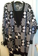 Bonnie Lee; Black /White Geometric Print Sweater, Gift Idea- Sz 2X-NEW w/o Tags