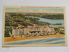CPSM HOLLYWOOD BEACH HOTEL FRONTING ON THE ATLANTIC. HOLLYWWOD FLA.