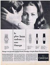PUBLICITE ADVERTISING 104 1965 Le plus beau cadeau : une montre OMEGA