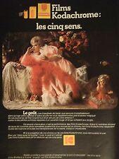 PUBLICITÉ 1972 KODAK FILMS KODACHROME LES CINQ SENS - POUPÉE - ADVERTISING