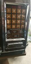 Vtg Amana Radarange microwave oven Touchomatic II w/book & extra plate Turns On