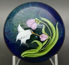 "DAVID P. SALAZAR Lundberg Studios Hummingbird & Flower Paperweight,Apr 2""Hx2.5""W"