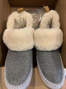womens dearfoam slippers size XL