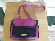 "Ladies Handbag Anna Smith pink & black faux leather, size 13x9x4"" & strap 3396"