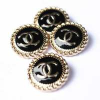 100% Chanel buttons lot 8  cc logo 20 mm 0,8 inch 💔💔💔gold black