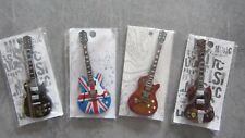 Lot de 4 magnets guitares en bois