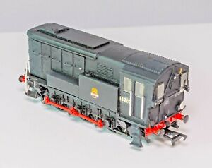 Golden Arrow , OO Gauge, Southern Railway Maunsell 1937 Diesel Shunter BR Black