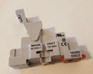 Struthers-Dunn Magnecraft 70-781D-1 Relais Prise 15A 300V 70781D1