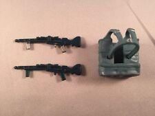 Yoda Basket/Backpack + 2 Hoth Stormtrooper/Dengar Rifles