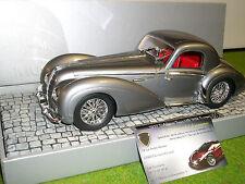 DELAHAYE TYPE 145 V-12 Coupé de 1937 gris au 1/18 d Minichamps 107116120 voiture
