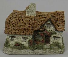 """Vintage 1982 David Winter Cottages """"Sussex Cottage"""" Original Box & Coa*Excellent"""