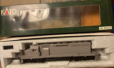 KATO EMD SD40 37-010 Undecorated HO Scale Locomotive Handrails are included.