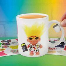 Bonne chance Trolls Dress Up Mug contient 46 Autocollants