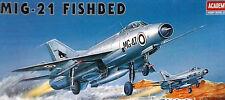 ACADEMY 1:72 KIT AEREO MIG 21 FISHBED ART 1618