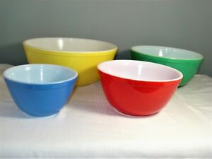 Vintage Set of 4 Pyrex Nesting Mixing Bowls 401 402 403 404 Primary Colors