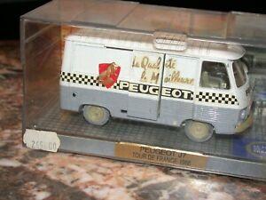 Véhicule miniature auto 1 : 43   PEUGEOT  J7 TOUR DE FRANCE 1966    NOREV