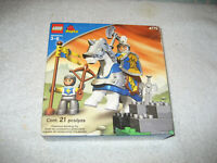 LEGO DUPLO CASTLE 4775 KNIGHT SQUIRE 2004 sealed box