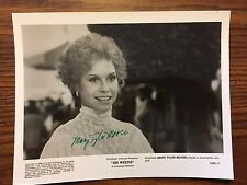 AUTOGRAPHED MARY TYLER MOORE SIGNED 8 x 10 OFFICIAL MOVIE STUDIO PROMO SIX WEEKS